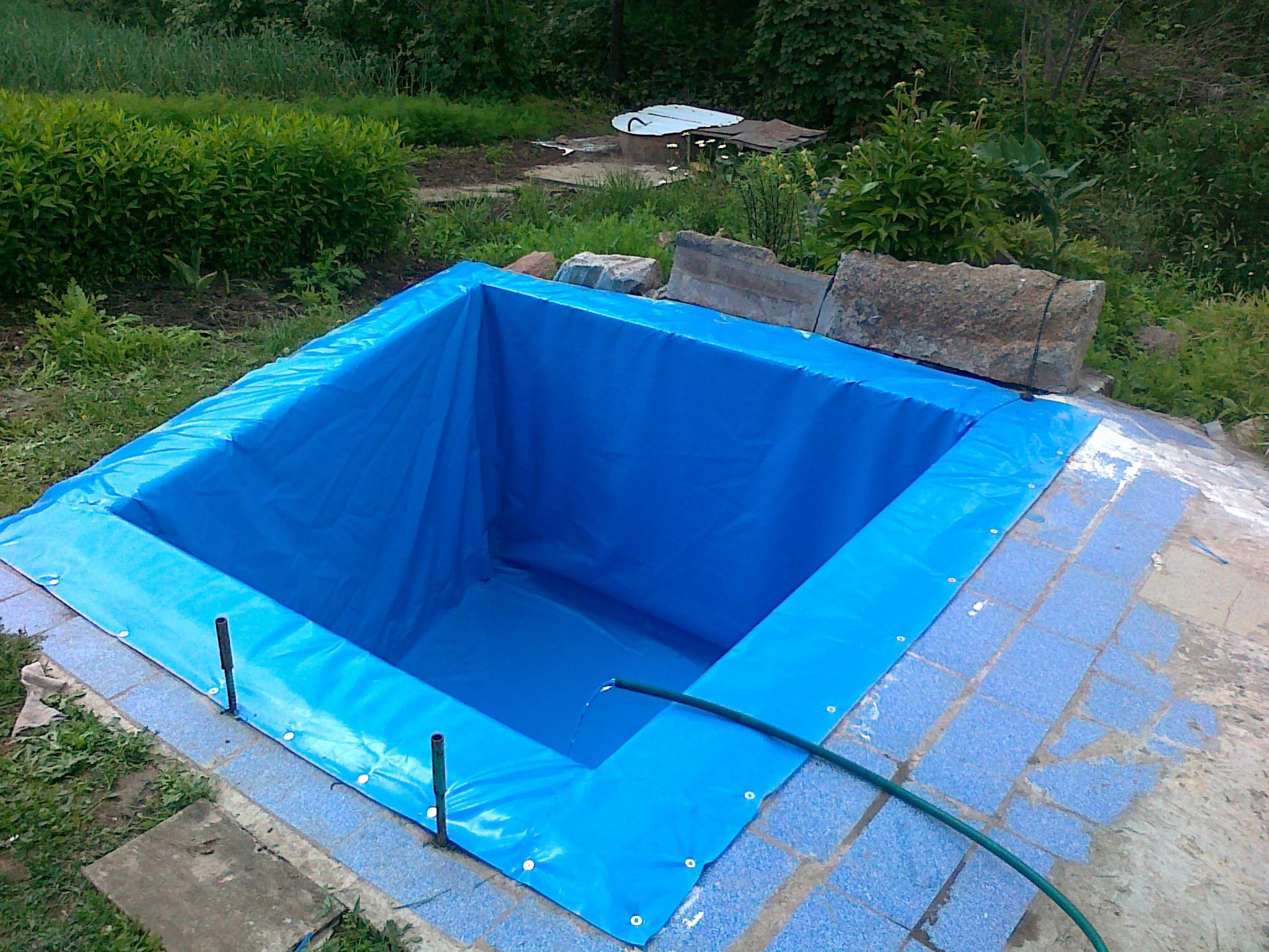 """""""мешок"""" из ПВХ пленки прекрасный материал для отделки бассейна"""