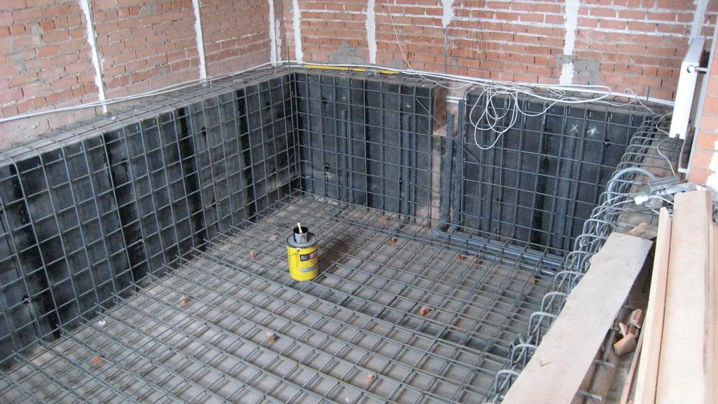 обработка арматуры для бассейна