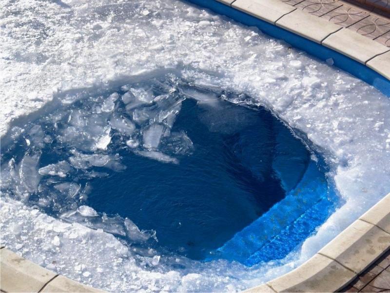 консервация бассейна должна быть начата до первых морозов