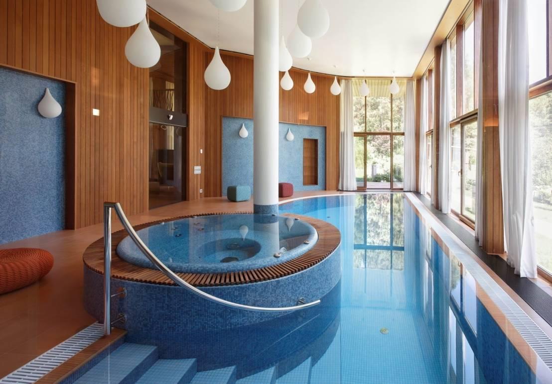 2 в 1 бассейн для плаванья и SPA бассейн в доме - прекрасный выбор