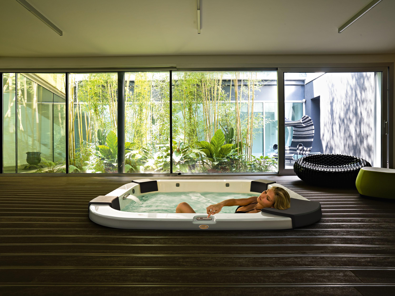 SPA - бассейн - роскошь и удовольствие доступное всем
