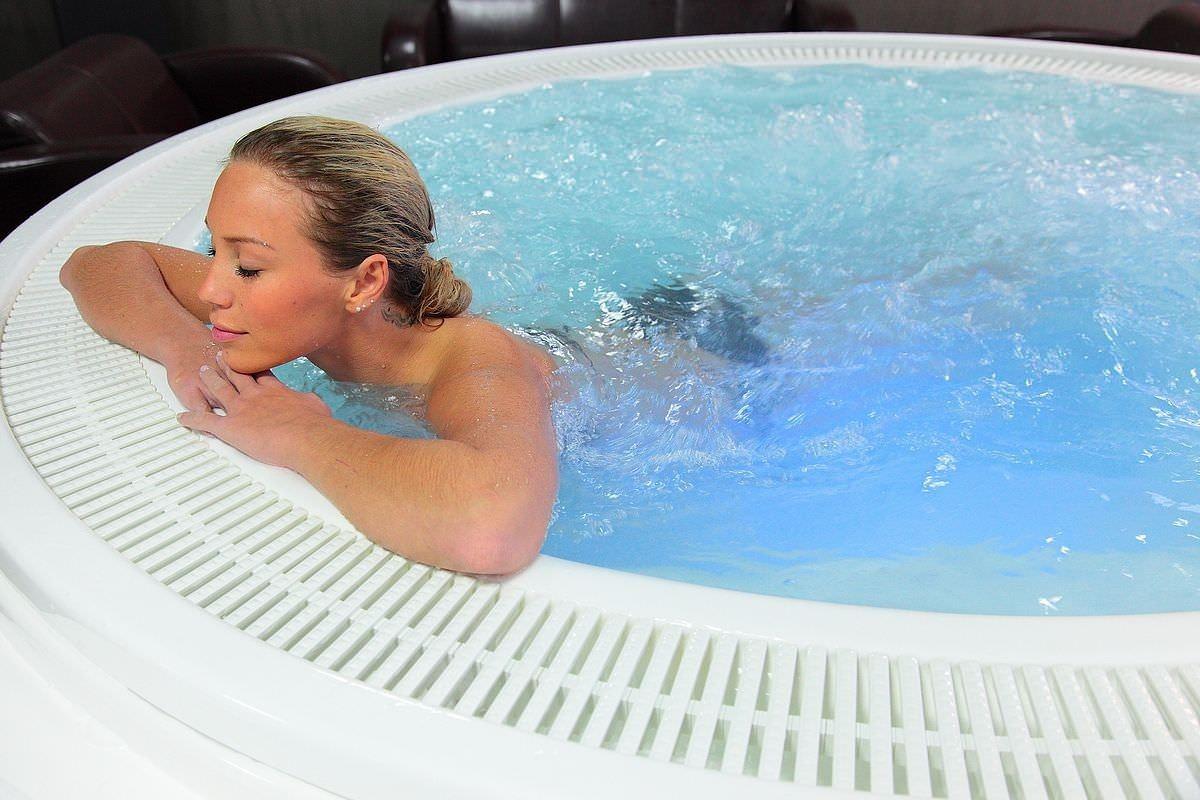мини SPA бассейн в квартире