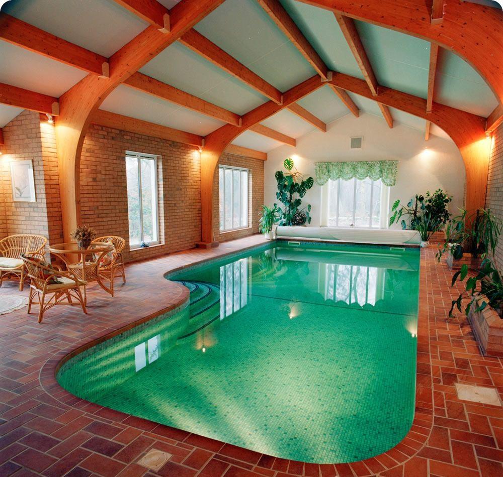 стационарный бассейн в доме