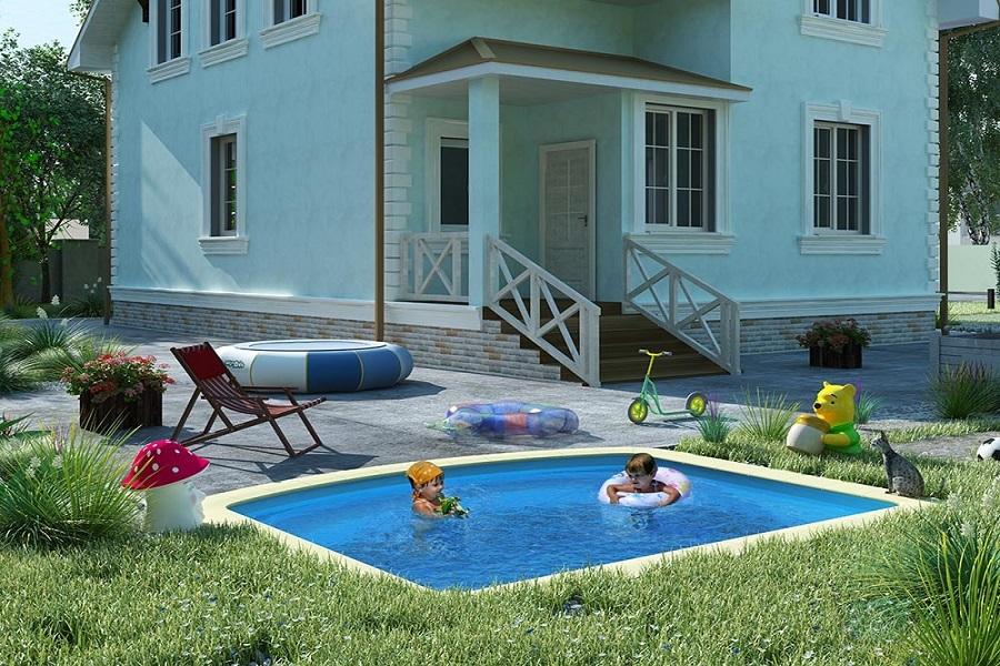 Композитный бассейн во дворе дома