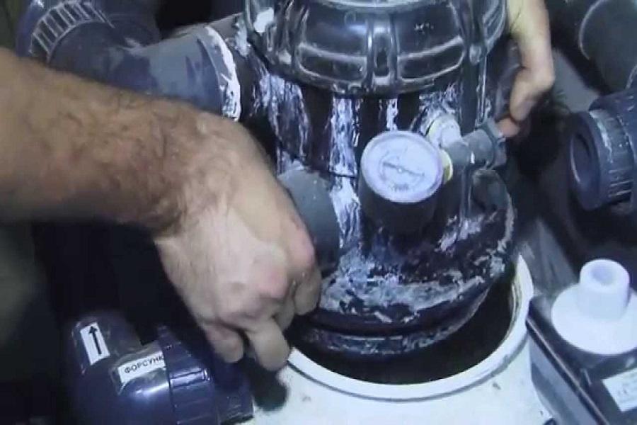 Замена кварцевого песка в фильтре