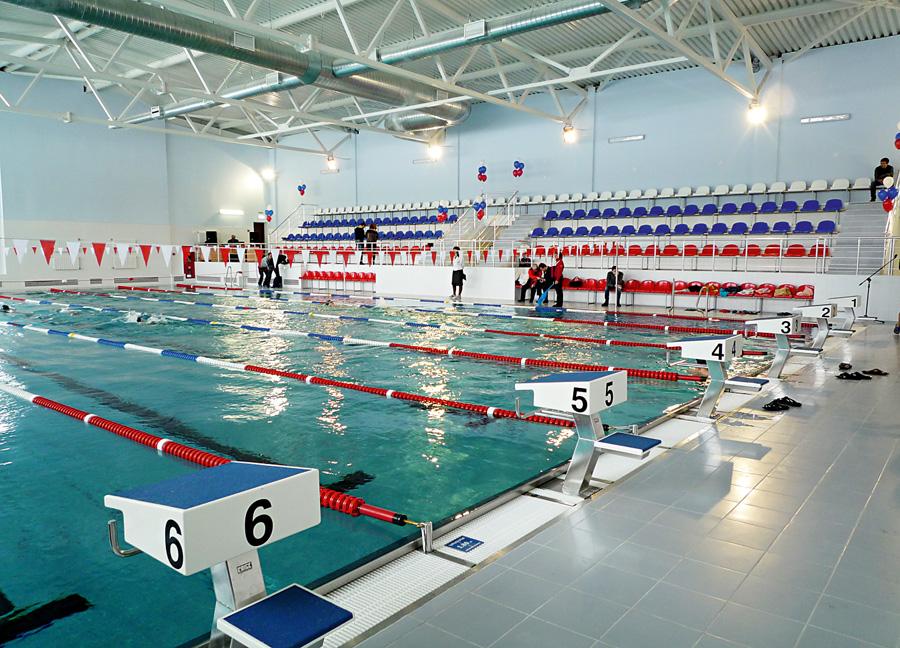 плавательный бассейн из нержавейки