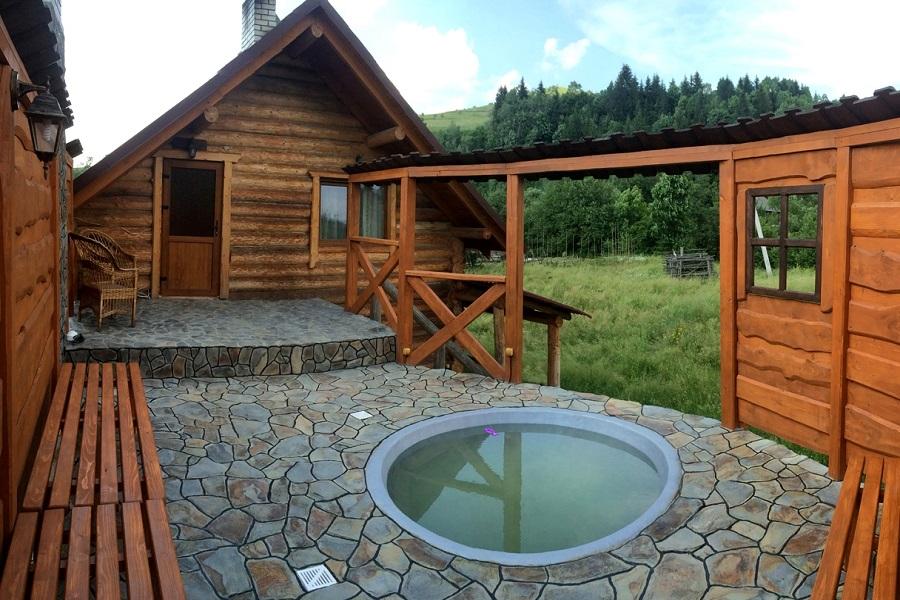 Бассейн-купель для загородного дома