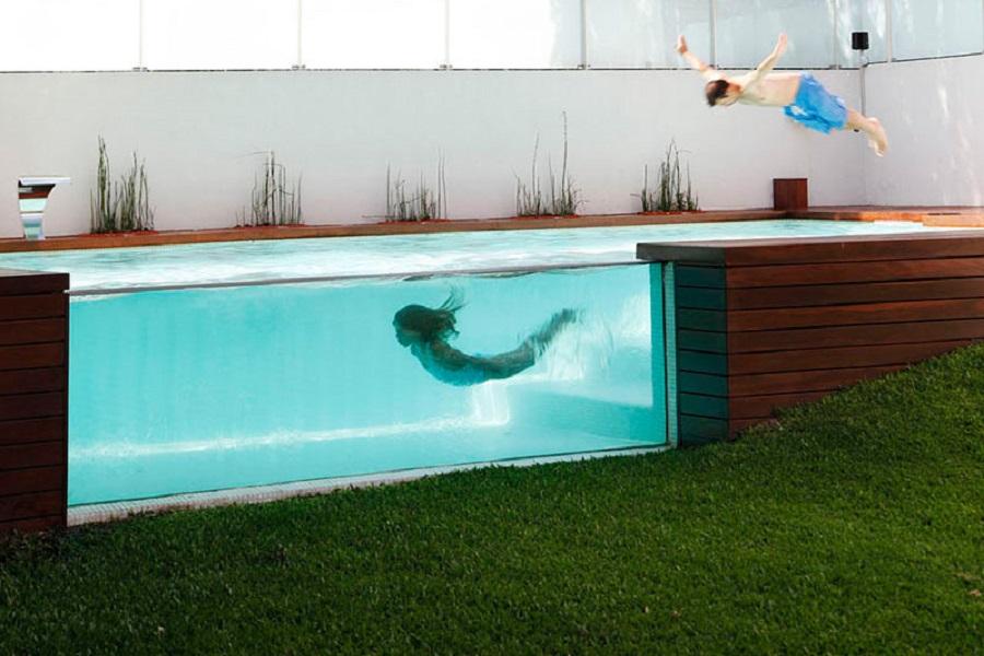 Бассейн в доме в Аргентине