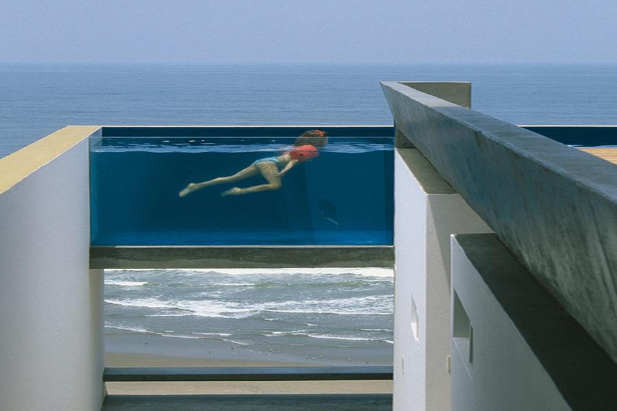 Дом с бассейном в Перу
