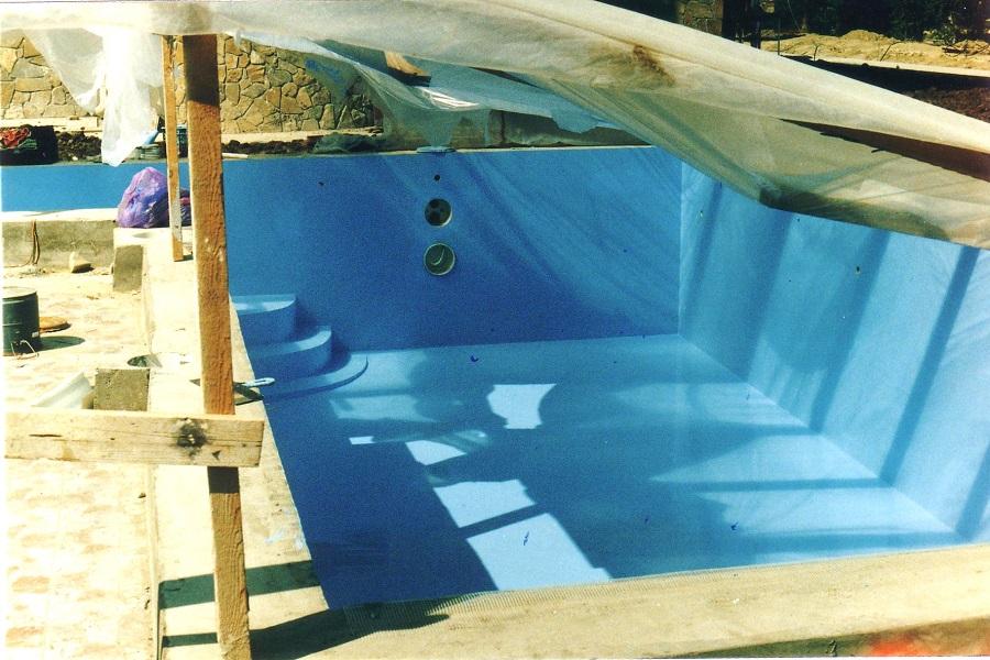 Покрытие бассейна полимочевиной